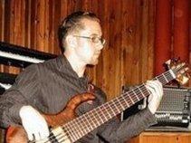 B. Bass