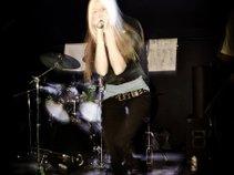 Jamie Screamer/Singer