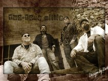 Two-Tone Willie / Classic Rock & Blues Band