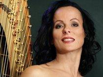 Malgorzata Zalewska harpist