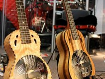 The Two Ukes