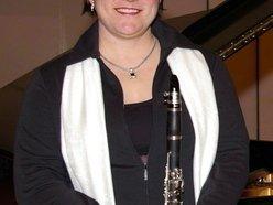 Anne Guzzo, composer