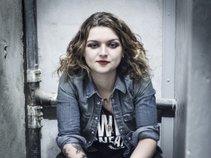 Freya Wilcox & The Howl