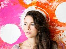 Amanda Naughton