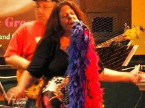 Kathy Davis and The GrooveTones
