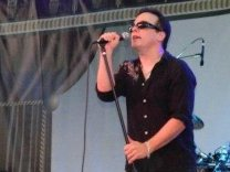 Mark Pont  (vocalist)