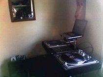 DJ Resonate