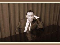 Sean De Burca - Piano Singer - Ireland