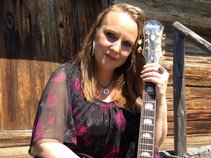 Carrie Hall Countryband