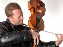 Brett Deubner-Violist