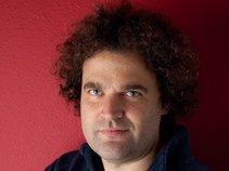 Stuart Zobel