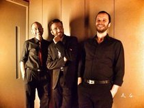 ManoucheDrome Trio