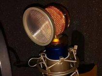 D.J Nut Radio