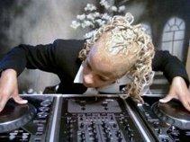 DJ Kelly Kel