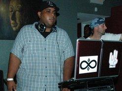 Image for DJ Carl Spinslow