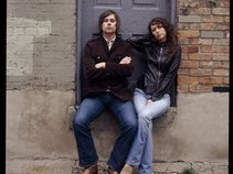 Sarah Lee Guthrie & Johnny Irion