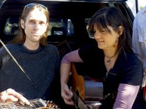 Radio-Free Carmela & The TRANSMITTERS