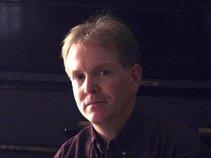 Roger Lowe