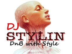 DJ STYLIN