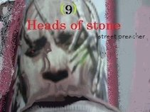 9 Heads of Stone