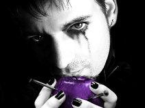 Glenn Violet