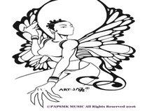 Papillon Regina & The Pap's Meerkats