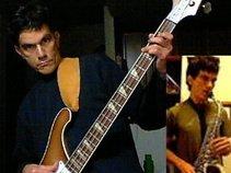 Edward - Bassist Saxophonist Vocalist