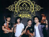 RockJa String