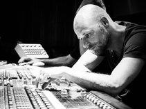 Cris de Almeida // Mix & Mastering