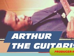 Arthur The Guitarist