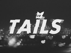 tails.
