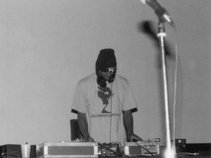 DJ DAMN