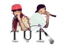 TurnUpTwinzz__