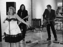 Kelli Lynn and the Skillet Lickers