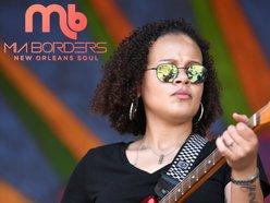 Image for Mia Borders