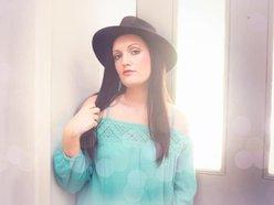 Heather Nikole Harper (band)
