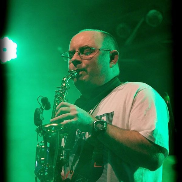 90s and 80s Sax Dance by WalterSax Smooth Jazz Lounge | ReverbNation