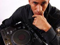 DJ LEGGS