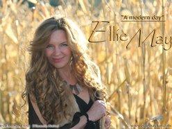 EllieMay Kay