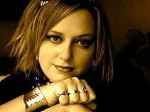Alicia Renée Heckler