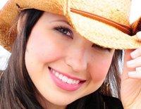 1364689707 close up savannah hat