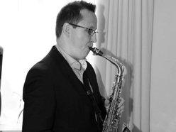 Dan Christian - Sax Tutor / Performer / Composer + Arranger