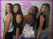 Jolie 5