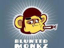 BLUNTED MONKZ