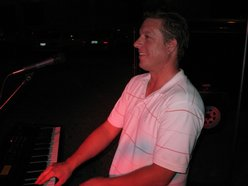 Michael Bucholtz, singer/songwriter