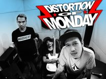 DISTORTION OF MONDAY