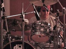 JD Sanders - Independent Drummist & Timekeeper