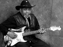 Sammy Fender & the Blues Masters