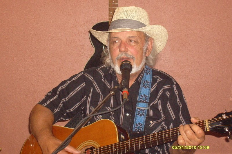 Larry B one man band | ReverbNation