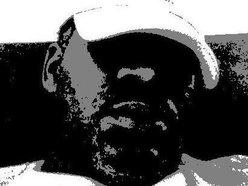 DJ Ceddy Papez